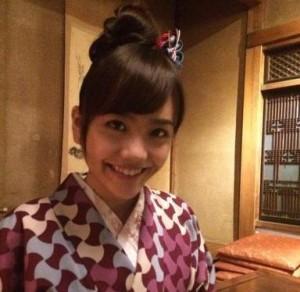 松井愛莉黒髪3