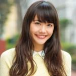 松井愛莉は小島藤子に似てる?黒髪ロングがかわいい!あごが整形?