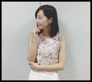 武田玲奈衣装1