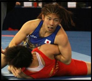 吉田沙保里腕筋肉画像2